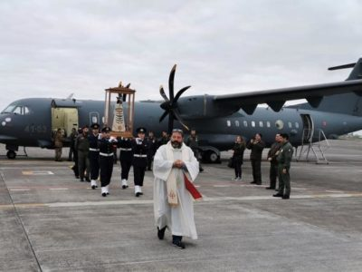 The Italian Air Force Flies a Statue of the Virgin Mary over Italy to Combat the Coronavirus