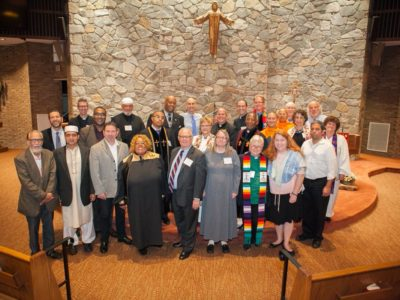 Catholics, Adventists, Buddhists, Muslims, Jews and Evangelicals Unite to Become the 'Light of the World'