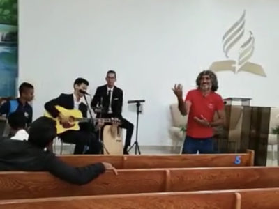 A Drifter Walks Into Church and Steals the Show